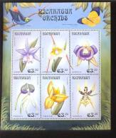 NICARAGUA   2306 MINT NEVER HINGED MINI SHEETS OF FLOWERS - ORCHIDS - Orchidee