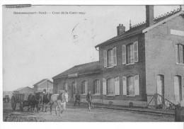 Gouzeaucourt (59) - Cour De La Gare - Attelages Chevaux. Bon état, A Circulé. - Autres Communes
