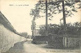 Dept Div -  Seine Maritime - Ref- V964 - Boos - La Rue De La Muette - Carte Bon Etat - - Francia