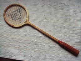 Ancienne raquette de badminton en bois DUNLOP MAXPLY FORT International Model