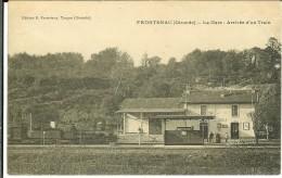 CPA FRONTENAC  La Gare, Arrivée D'un Train 11054 - France