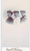 24123 Photo Trio Femmes  Format Carte Visite Photographe Oswald Werder Belgique La Louviere Rue Hamoir - Personnes Anonymes