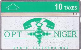 NIGER OPT NIGER 10U GREEN  ISSUE N° 612L.... UT UN MOUCHETE AU RECTO SINON TB