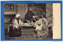 EGYPTE-déjeuner Arabe -gros Plan D'une Famille -TTB A  VOIR   Carte Précurseur Dos Non Divisé Années 1900 - Sin Clasificación