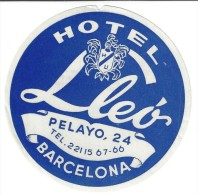 HOTEL RESIDENCIA PENSION HOSTAL LEO BARCELONA SPAIN LUGGAGE LABEL ETIQUETTE AUFKLEBER DECAL STICKER MADRID - Hotel Labels