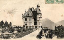 - CPA  - 38 - SASSENAGE - Le Château Féodal - Pli Coin Gauche - 124 - Sassenage