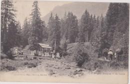 SUISSE,HELVETIA,SWISS,SWI TZERLAND,SVIZZERA,SCHWEIZ ,MORGINS,VALAIS,en 1906,fete,source,bien Etre,photo Julien Geneve - VS Valais