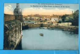 CP, 29, CONCARNEAU, Le Bastion De La Ville-Close Le Bassin Et Les Quais, Vierge - Concarneau