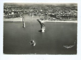 CPM - Boulogne-sur -Mer - L´Entrée Du Port Et Les Jetées - Boulogne Sur Mer
