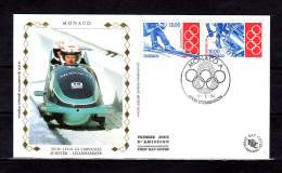 """(Faciale = 20 Frs = 3.05 €) MONACO FDC En Soie De 1994 """" J.O. D´HIVER DE LILLEHAMMER """" N° YT 1924 1925. Collée Au Dos"""