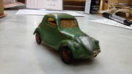 Simca   5      Mecano-Dinky Toys - 1939 verte
