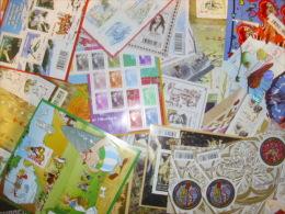 France Belle Collection De 36 Feuillets Neufs ** MNH Entre 2009 Et 2011. En Euros. TB. A Saisir! - Collections