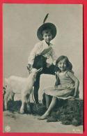 156589 / Domestic Goat Hausziege Chèvre LITTLE BOY HAT GIRL - NPG H 1409 , CHOUMEN - BERKOVITZA 1907 BULGARIA - Animaux & Faune