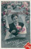 Fantaisie -  Jeune Homme élégant & Romantique - 365 Jours De Bonheur - Fleurs Roses - Cute Young Man - 2 SCANS - Hommes