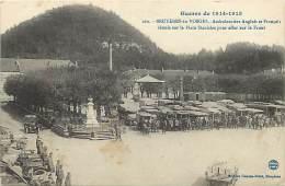 Depts Div -vosges - Ref V351-guerre 1914-18- Bruyeres Les Vosges -ambulanciers Anglais Et Francais Place Stanislas  - - Bruyeres