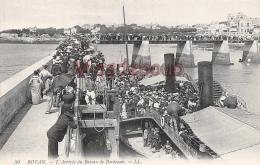 17 - ROYAN - L'arrivé Du Bateau De Bordeaux   -  2 Scans - Royan