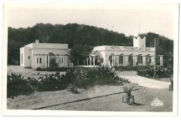Cpsm: ALGERIE TENES Hôtel Transatlantique 1952  N° 2 - Autres