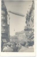 DIRIGIBLE GRAF ZEPPELIN EN LA ESQUINA DEL OBELISCO EN BUENOS AIRES EL 30 DE JUNIO DE 1934 CPA TRES ANIMEE RARISIME TOP C