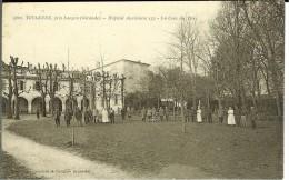CPA TOULENNE Hôpital Auxiliaire 133, Un Coin Du Parc 11064 - France