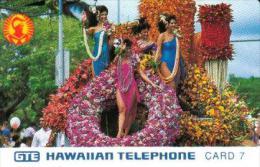 USA HAWAII 7 UNITS WOMAN IN TRADITIONAL DRESS FLOWERS FLORA  MINT READ DESCRIPTION - Hawaï