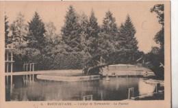 MONTCAUVAIRE COLLEGE DE NORMANDIE LA PISCINE - France