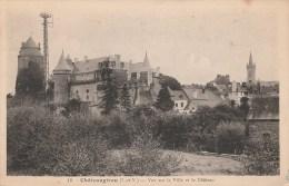24M - 35 - Châteaugiron - Ille-et-Vilaine - Vue Sur La Ville Et Le Château - N° 18 - Châteaugiron