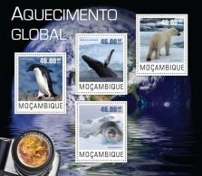 m14403a Mozambique 2014 Climate change s/s Penguin Whale Polar Bear Seal