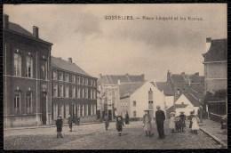 GOSSELIES - Place Léopold Et Le Ecoles - Animée - Superbe état !! - Belgique
