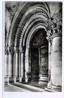 Cpa  : AIRVAULT  : Porte D'entrée De L'eglise Abbatiale   Carte Photo  ( 737  ) - Airvault