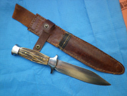 Couteau De Chasse, Scout, Jeunesses... - Armes Blanches