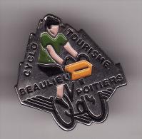 PIN´S -   CYCLO - TOURISME - BEAULIEU - POITIERS  ( Dép 86 ) - Cyclisme