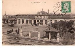 Bourges (Cher)-1924-La Gare-Attelage-militaire-p Orteur De Bagages -timbtre; Pasteur 10c   YT 170 - Bourges