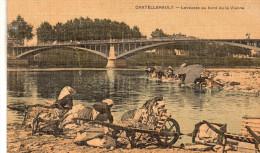 Cpa  86  Chatellerault , Lavandiers , Les Laveuses Au Bord De La Vienne , Belle Carte Toilee Colorisee - Chatellerault