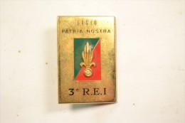 Insigne 3 REI / 3� R.E.I, LEGIO PATRIA NOSTRA, L�gion Etrang�re. R�giment d'infanterie �tranger