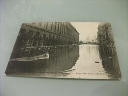 Inondazione Di Parigi Del 1910 Place Du Palais Bourbon  Soldati Sulla Passaggio Sopra Elevato - Inondazioni