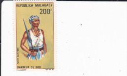 MADAGASCAR : danseur du sud  : Y&T  : * * : 103 PA