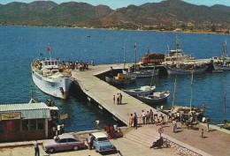 Ferry & Boats  In Port. Marmaris Turkey   Türkiye  B-3085 - Transbordadores