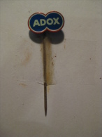 Pin Adox (GA02105) - Photographie