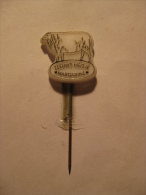 Pin Zeeuws Meisje Margarine (GA03133) - Animaux