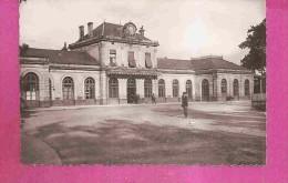 REMIREMONT  -  ** LA GARE **   -   Editeur : LA CIGOGNE De Strasbourg  - N° 88.383.50 Ou 15179 C - Remiremont