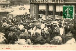 HAUTMONT (59) Manifestation Contre La Cherté Des Vivres Gendarmes Magasin Caves Bordelaises - Ohne Zuordnung