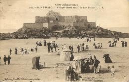 ~    35  ~   SAINT MALO  . La Plage à La Marée Basse . Le Fort Nationa  .G . F  .. ~   .  Cp Bien Sympa Et Pas Chère  . - Saint Malo