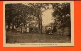 BAMAKO - Campement De Bateliers Sur Les Bords Du Niger - Niger