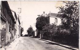 LACHAUX - La Mairie Et Les écoles. - Autres Communes