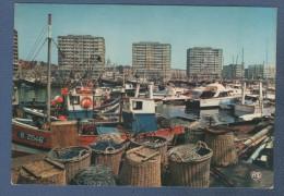 62 PAS DE CALAIS - CP BOULOGNE SUR MER - LE PORT DE PECHE ET DE PLAISANCE - ARTAUD FRERES EDITEURS N° 6 - CIRCULEE 1976 - Boulogne Sur Mer