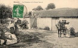 GOUAIX - LA FONTAINE ET LE GRAND LAVOIR - SUPERBE CARTE TRES ANIMEE - ATTELAGES - 2 SCANNS -  TOP !!! - Other Municipalities