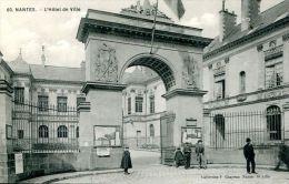 N°41158 -cpa Nantes -l'Hôtel De Ville- - Nantes