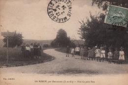 La Ronce, Par Marcoussis, Près Du Petit Bois , 1924, Femmes D'un Côté, Fillettes De L'autre... - Altri Comuni