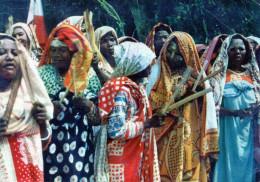 """- CPSM  - 35 -  ILES COMORES - Un """" Tonus """" Indigène - 297 - Comores"""