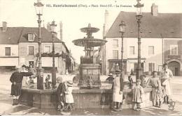 18 - HENRICHEMONT,  PLACE HENRI IV - LA FONTAINE - Henrichemont